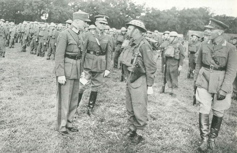 Den norske brigade i Skottland General Fleischer, oberst Strugstad og major Just  (lengst til høyre)